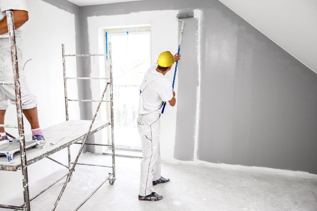 Room painters in white